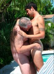 ningu m conhece a realidade e a vida dos gays maduros ou idosos  o