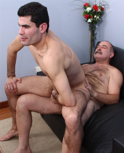 Sexo entre velhos gay