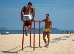 2013-04-12-rio-gay-praias-585x426