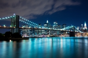 18717542-ponte-de-brooklyn-e-manhattan,-new-york,-cena-noturna